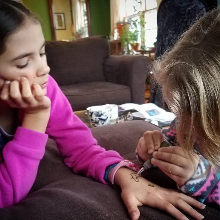 girls-henna